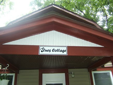 01 - Cottage nameplate