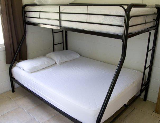 08 - Jazz bunk bedroom