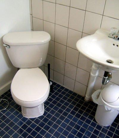09 - Bathroom