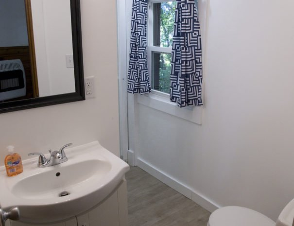 11---Western-bathroom